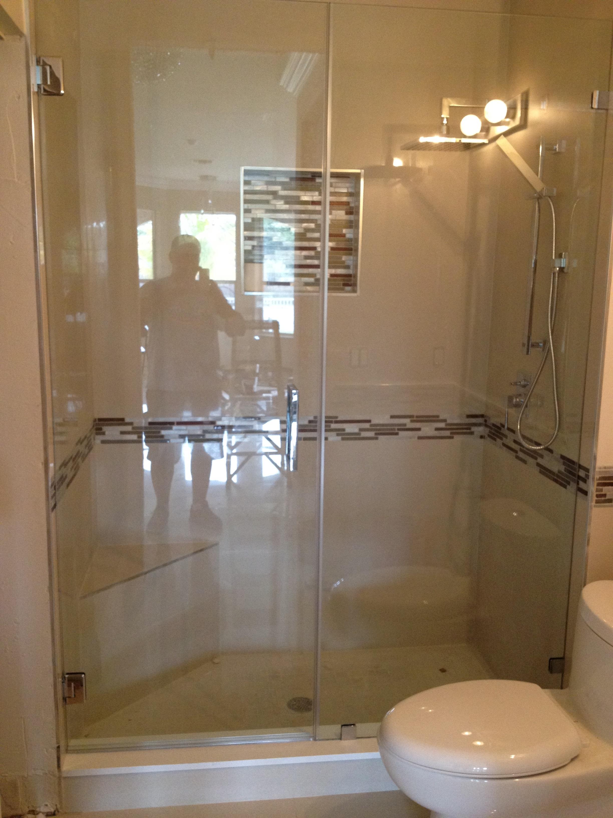 Frameless shower glass doors